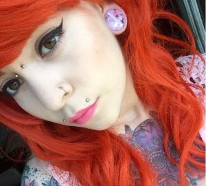 Angel bite lip piercing