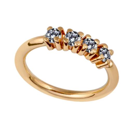 Four Diamonds Side-Set Seamless Ring Hoop